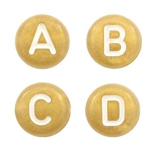 Letterkralen 7mm goud wit
